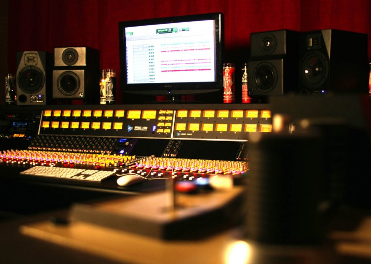 yellowdog_studio3